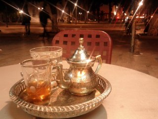 Tea for Christmas, Rabat.